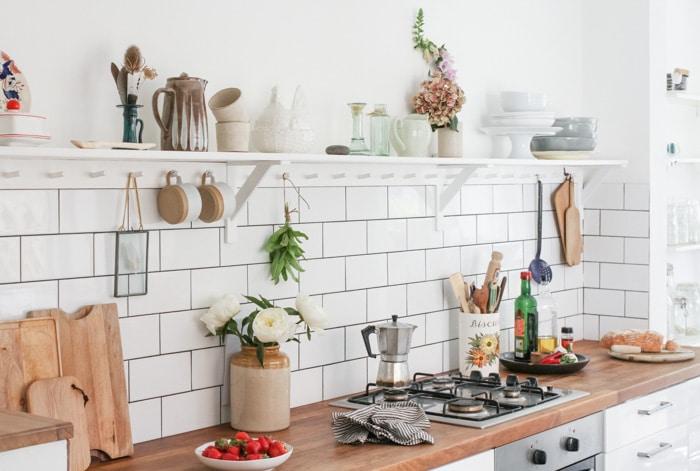 white metro tile kitchen