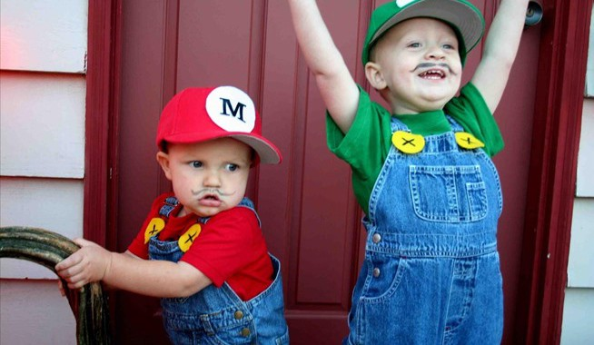 15 Homemade Halloween Costumes for Kids  sc 1 st  Moral Fibres & 15 Homemade Halloween Costumes for Kids | Moral Fibres - UK Eco ...