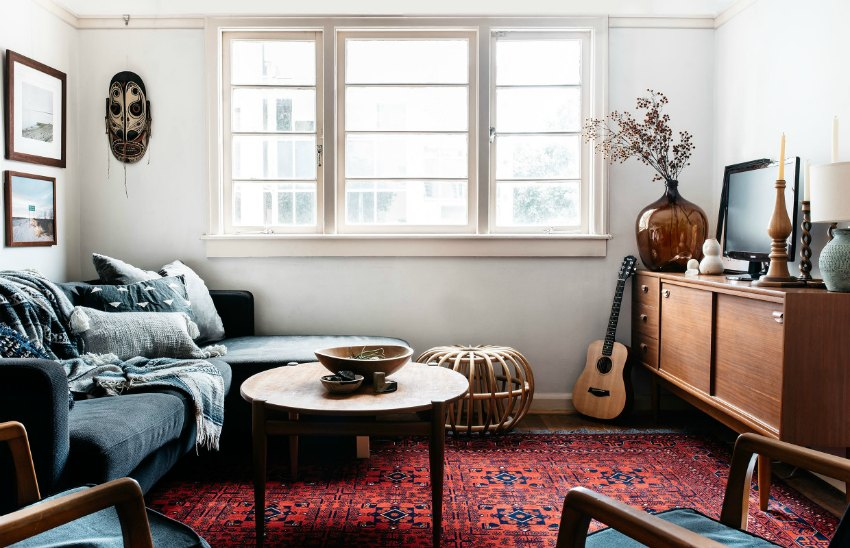living-room-red-rug-idea | Moral Fibres - UK Eco Green Blog