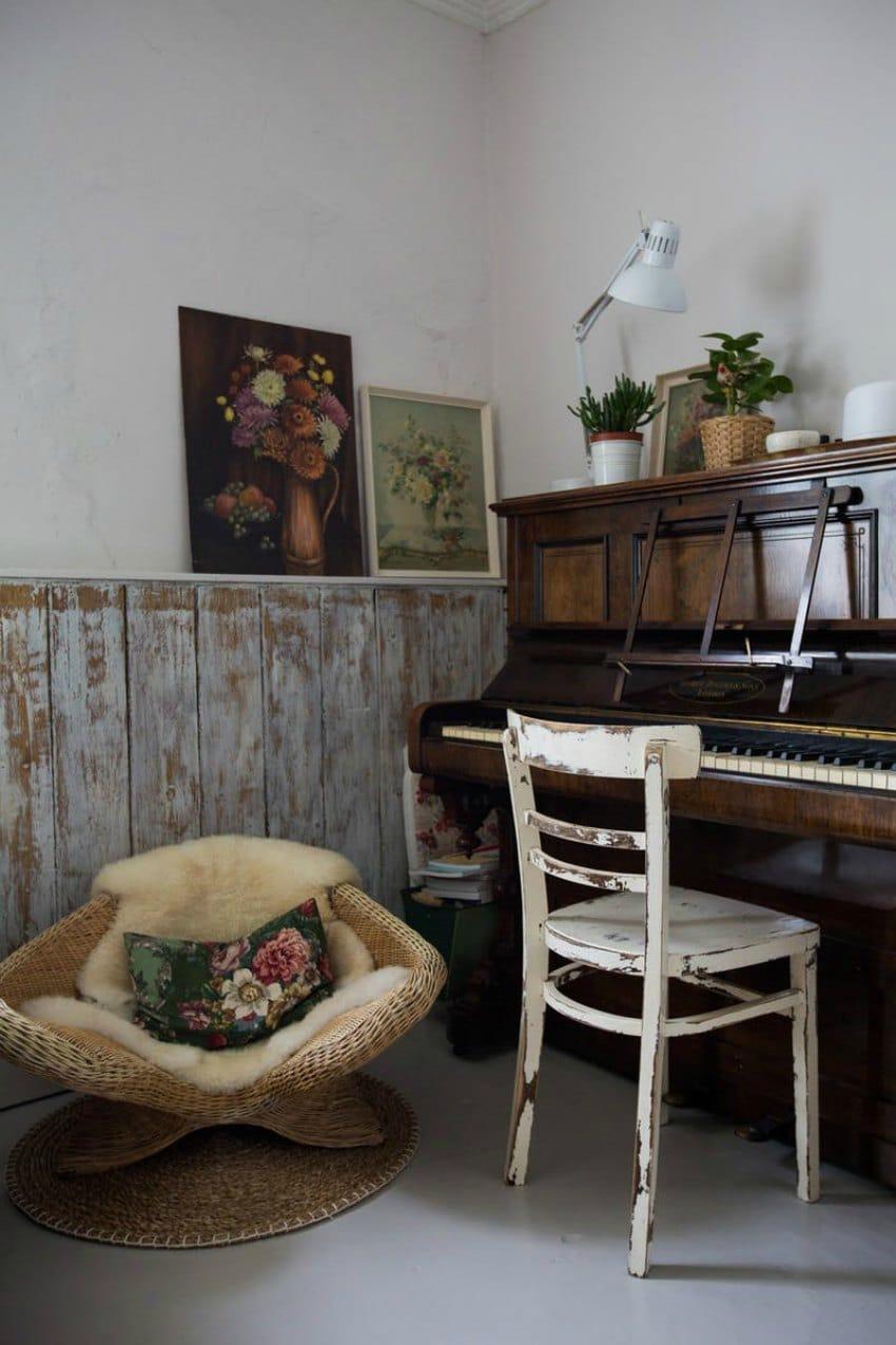 vintage styled music room