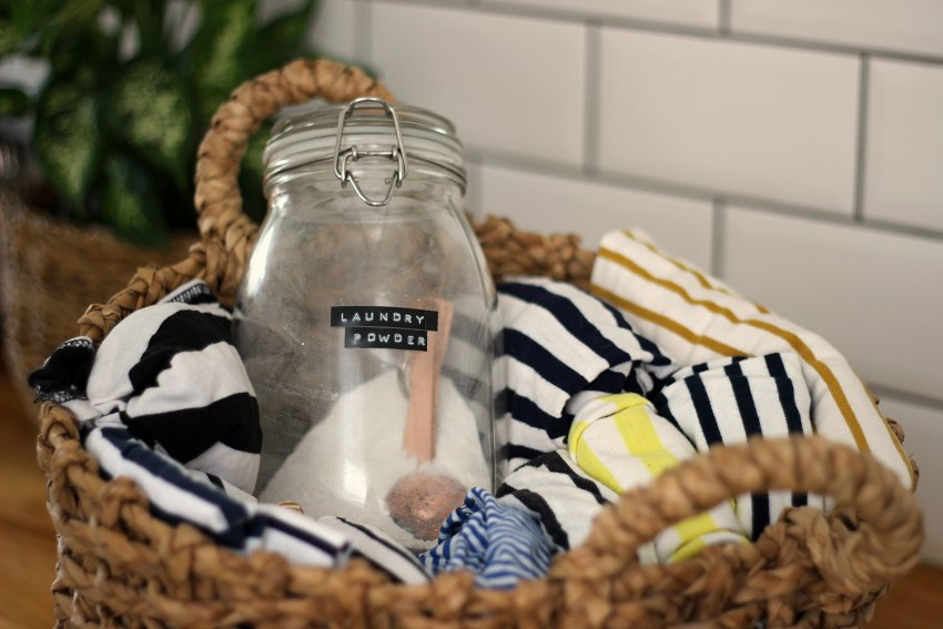 how to wash a white striped top
