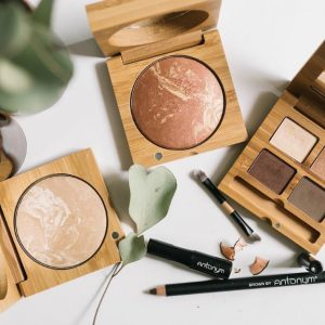 Zero Waste and Plastic-Free Makeup