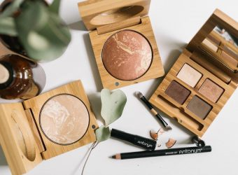 plastic-free makeup uk