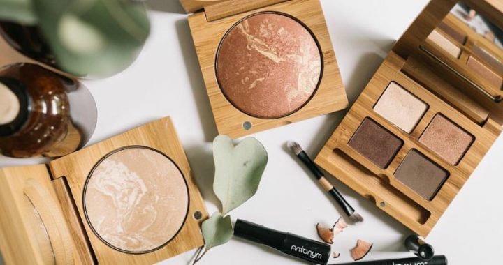 plastic-free makeup uk