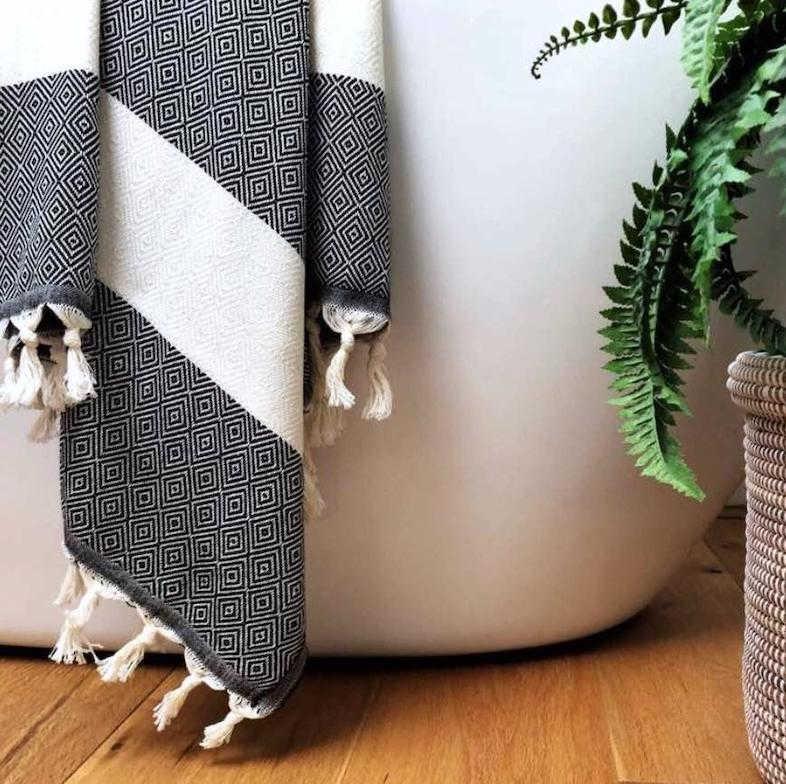 Luks bath towels